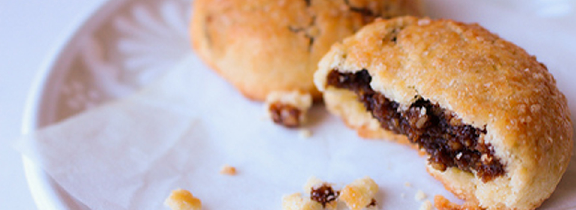 <p>With walnuts, almonds, and orange zest, this recipe has Sicilian roots. It also offers healthy snacking: each cookie in this recipe contains the equivalent of oneDried Plum.</p>