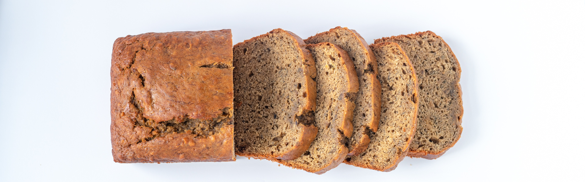 <p>Adding a small quantity (2%) of Prune Juice Concentrate to banana bread intensifies the banana flavor and deepens the caramelization. This also makes it possible to reduce the fat by half without losing the bread's signature richness.</p>