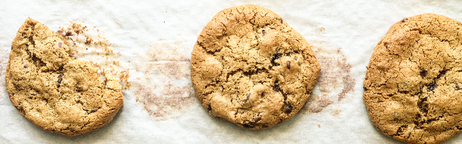 <p>Using prune-apple puree in place of butter gives chocolate chip cookies an addictive chewy quality while also making them dairy-free. In place of 113 g / 1/2 cup butter, this recipe uses 60 ml / 1/4 cup of prune-apple puree.</p>