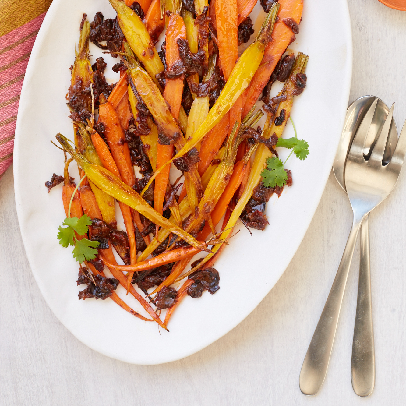 <p>Roasting chipotle and prunes with carrots makes a satisfying vegetable side dish.</p>